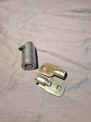 Chicago Lock Co. Ace CAV6 Soda / Candy Machine lock and 2 keys