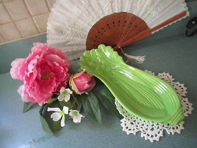 """VINTAGE GREEN CELERY SHAPED CERAMIC POTTERY DISH PLATE 16"""" long 6 """" wide"""