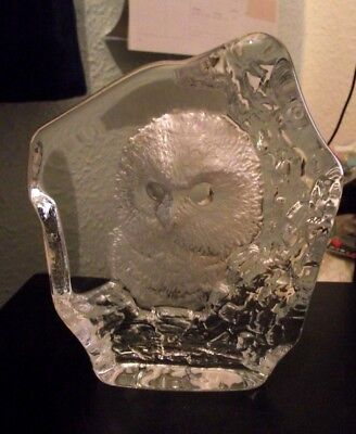 Owl glass paperweight - New no tags