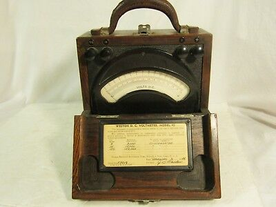 Antique Weston DC Voltmeter Model 45 in Wooden Case