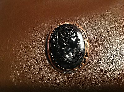 Beautiful Antique Victorian Golden Gilt Jet Black Solid Stone Cameo Pin Brooch