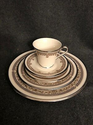 Lenox Lace Point China 5 Piece Place Setting MINT Silver Trim Made In USA