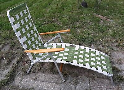 Vntg Green Telescope Furniture Folding Aluminum Webbed Lounge Chair