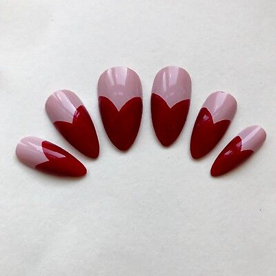 Hand Painted False Nails Stiletto (or Coffin) Love Hearts VALENTINES DAY - UK