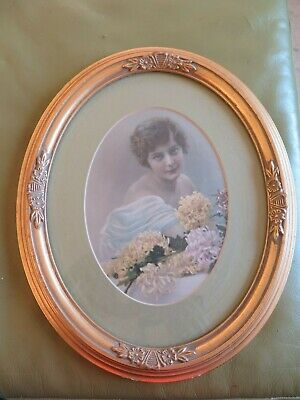 Art Deco Lady In Gilt Oval Frame - suit French Apartment / Boudoir