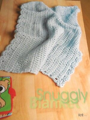 CROCHET PATTERN BABY BLANKET WITH SCALLOPED EDGING SUPER CHUNKY MODERN