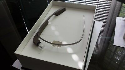 Google Glass Xe V2 + Shades + Earbuds + Official Hardcase