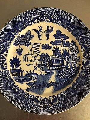 """Blue Willow Plate Vintage Made Japan 9 1/4"""" Dinner Plate China Oriental Style"""