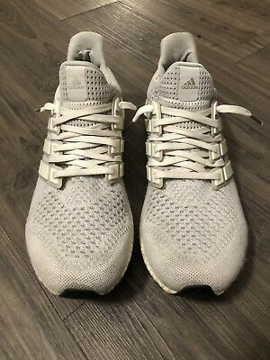 6fbfcd767ab3 ADIDAS ULTRA BOOST 1.0 Cream chalk Size 9 -  200.00