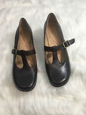 f4b4e450fefb Naturalizer Westbury Brown Leather T-Strap Mary Jane Shoes Comfortable Size  8