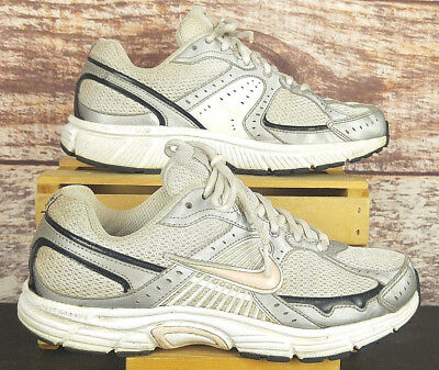 NIKE DART 7 Support Zone Running Shoes