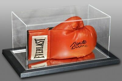 Roberto Duran Signed Red Everlast Boxing Glove In An Acrylic Case
