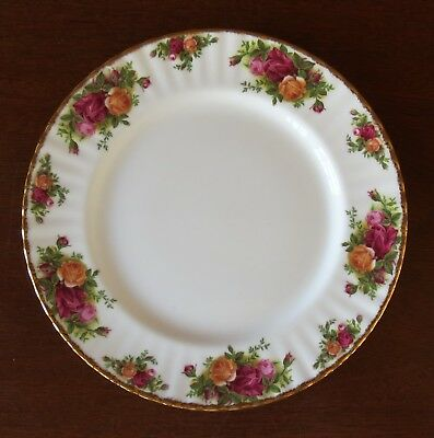 "Royal Albert Old Country Roses Gold Trim China 10 3/8"" Dinner Plate(s)"