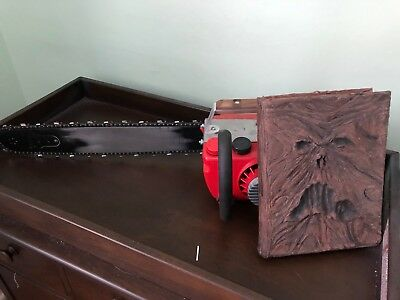 Ash Evil Dead II Chainsaw and Book of the Dead 1:1