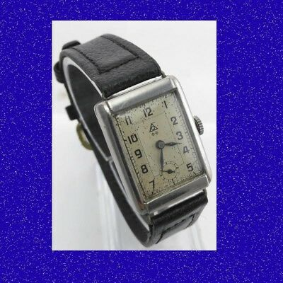 Vintage & Retro WW2 Steel Art Deco Swiss Gents Military  Wrist Watch 1940