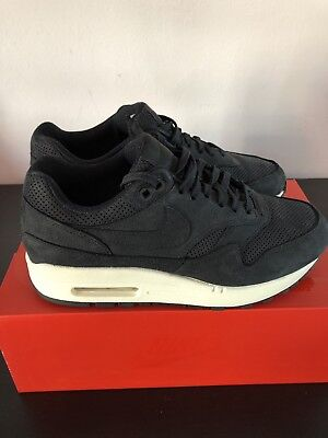 newest 0ee0b 327f6 Women s black Suede Leather Nike Air Max One Pinnacle trainers size UK 3.5