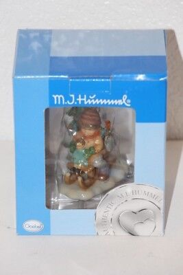 MJ Hummel Goebel 935261 Christmas Delivery Christmas Ornament