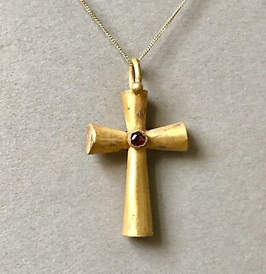 Stunningly BEAUTIFUL Ancient Byzantine Gold Cross Pendant With Garnet