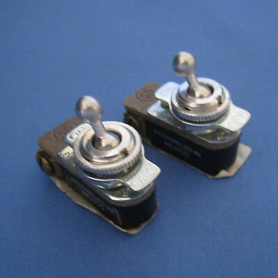 Pair of New Leviton Single Pole Single Throw 6A120Volt 3A240Volt Toggle Switches