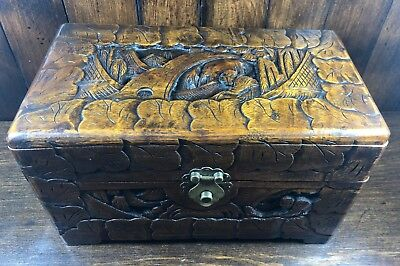 Good Quality Chinese Carved Camphur Wood Storage Box / Chest 14x25x14.5cm