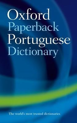 Oxford Paperback Portuguese Dictionary by Whitlam, John