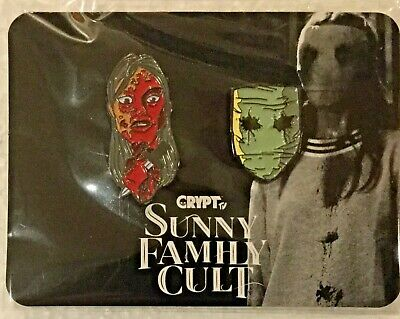 LOOT FRIGHT *Love Sucks* Exclusive Sunny Family Cult Pin Set