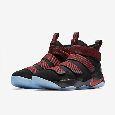 watch e7a07 05272 Nike Lebron Soldier XI Men s Lifestyle Shoes Black Gym Red stardust size 13