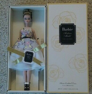 Mattel Gold Label classic cocktail dress silkstone Barbie doll
