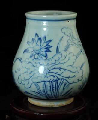 Old Chinese Hand-Made Blue And White Porcelain Hand Painted Lotus Flower Pot