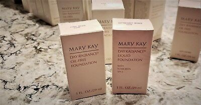 Mary Kay Day Radiance Oil-Free and Liquid Foundation *U PICK SHADE*