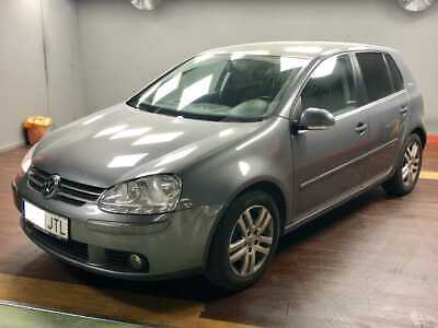 Volkswagen Golf 1.6 FSI Highline Triptonic