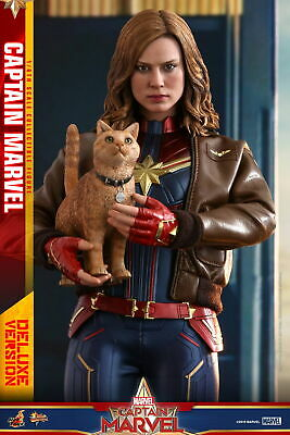 Hot Toys 1/6th scale Captain Marvel (Deluxe Version) Collectible Figure MMS522