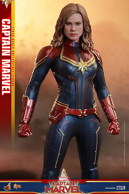 Hot Toys 1/6th scale Captain Marvel Collectible Figure MMS521