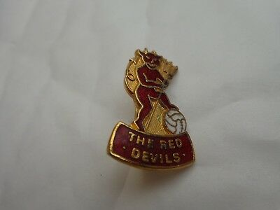 Manchester United Utd Classic 70S The Red Devils Logo Coffer Football Pin Badge