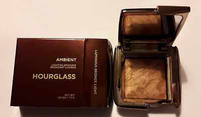 Hourglass Luminous Bronze Light Ambient Lighting Bronzer - Travel Size ( 1.3g )