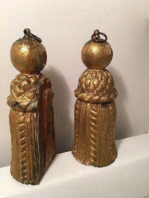 Pair of 18c. French antique gold gilt wooden drawer pulls