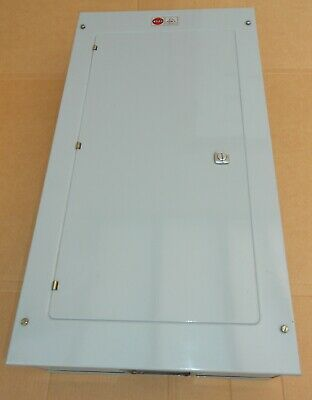 Wylex (Made In Uk) Model Hm121 Industrial 3 Phase 12 Way 100A Distribution Board