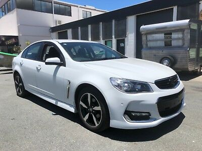 holden commodore vf sv6 2017 vf 2 only 18000 kilometers