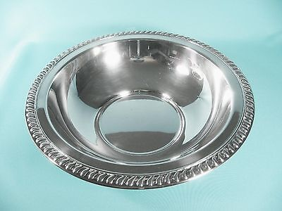 """Vintage Wm A ROGERS Heavy Silver Plate 11""""D Serving Bowl w Classic Beaded Rim"""