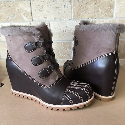 43e1790340d $240 SIZE 9.5 UGG Australia Alasdair Slate Waterproof Leather Wedge ...