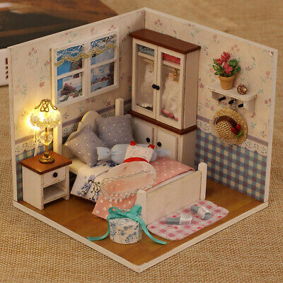 Doll House Miniature Wooden Building DIY Kits Toys Dollhouse Xmas Gifts For Kids
