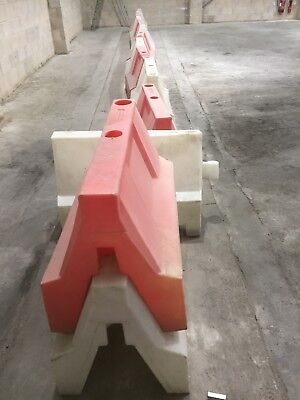13off 1m water filled Road Traffic Barriers Pedestrian  safety. Plastic