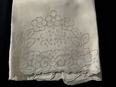 """Antique Victorian Snow White Large Tea Towel 34"""" x 20"""" Mosaic Floral Embroidery"""