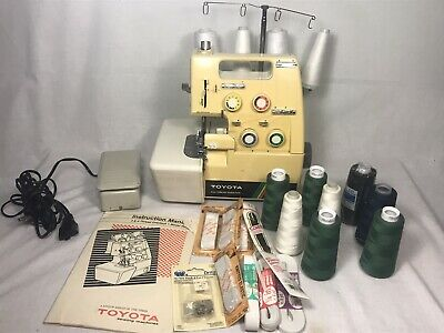 Toyota 3 4 Thread Overlock Sewing Machine Serger Model 6600  +Manual Accessories