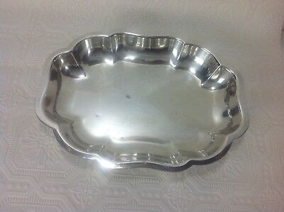 Vintage Silver Plated Oval Scalloped Serving Bowl Deep Dish Dinner Salad Liquids