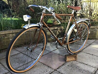 CYCLES LA FRANCE Vintage French Touring/Path Racer Style Bicycle.