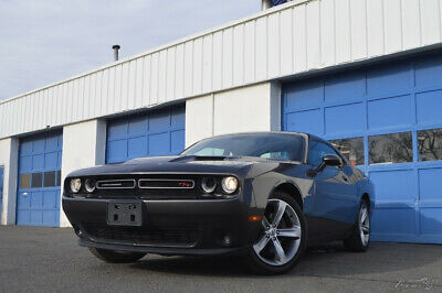 2017 Dodge Challenger R/T Full Power Options Uconnect Cruise Control Keyless Start Sport Hood Excellent