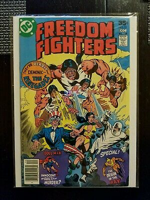 Freedom Fighters (1976 ) #11  DC comics NM 9.0
