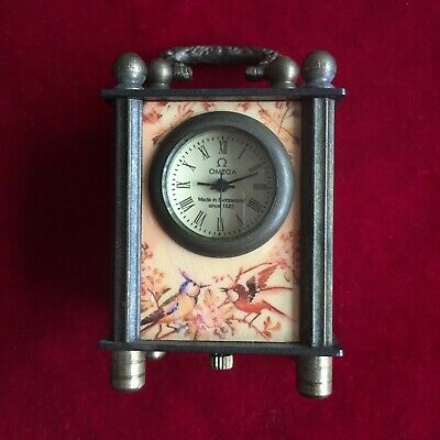 antique  The ancient Chinese far western illustration small clock.