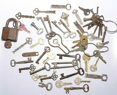 Lot of Vintage and Antique Keys and Lock, Push Keys, Hollow Core, Solid Core +
